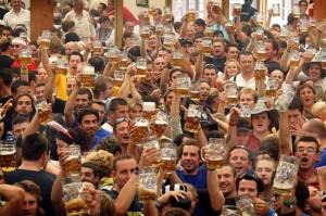 독일 뮌헨의 맥주축제 참가