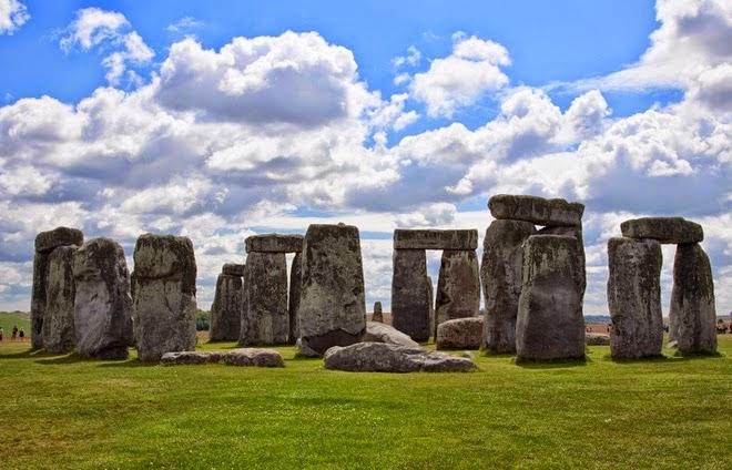 stonehenge-rocks