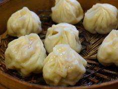 상하이에서 샤오룽바오 맛보기
