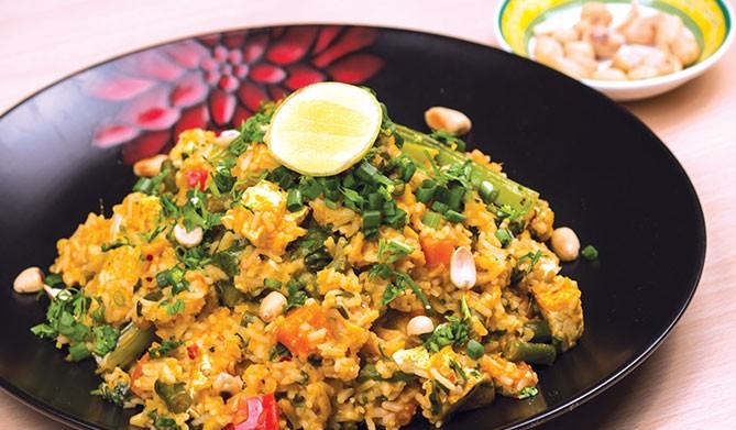 인도네시아 대표음식 나시고랭 맛보기