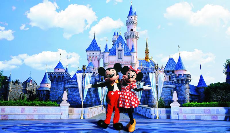 디즈니 랜드 가고 싶다.