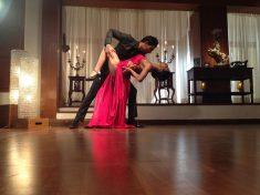 부인과 함께 커플댄스 배우기