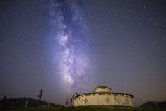 몽골 초원에 누워 밤하늘 보기